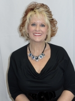Sheila Fitzgerald - Manicurist - Salon Capelli Franklin, TN